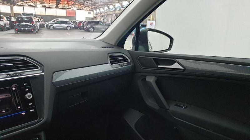 Volkswagen Tiguan 1.5 tsi 150cv evo dsg7 life + camera de recul + pack keyless Noir occasion à Ganges - photo n°17
