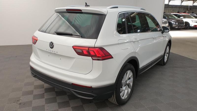 Volkswagen Tiguan 1.5 tsi 150cv evo dsg7 life + camera de recul + pack keyless Blanc occasion à Ganges - photo n°4