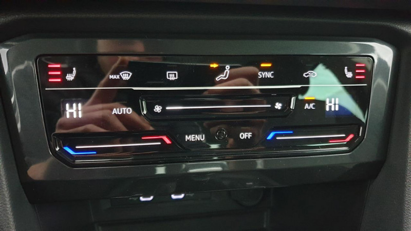 Volkswagen Tiguan 1.5 tsi 150cv evo dsg7 life + camera de recul + pack keyless Noir occasion à Ganges - photo n°16