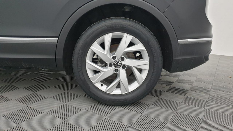 Volkswagen Tiguan 1.5 tsi 150cv evo dsg7 life + camera de recul + pack keyless Noir occasion à Ganges - photo n°8