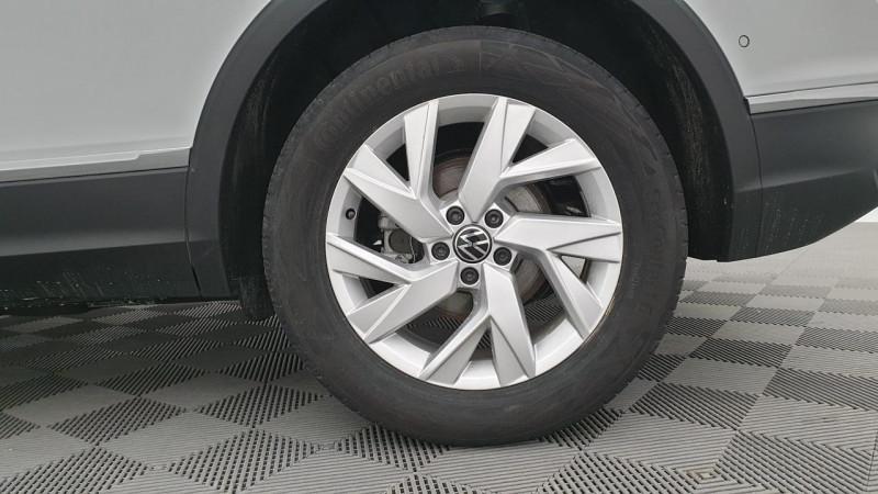 Volkswagen Tiguan 1.5 tsi 150cv evo dsg7 life + camera de recul + pack keyless Blanc occasion à Ganges - photo n°9