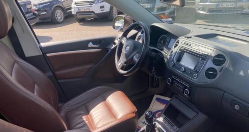 Volkswagen Tiguan 2.0 TDI 140CH BLUEMOTION TECHNOLOGY FAP CARAT 4MOTION Marron occasion à VOREPPE - photo n°4