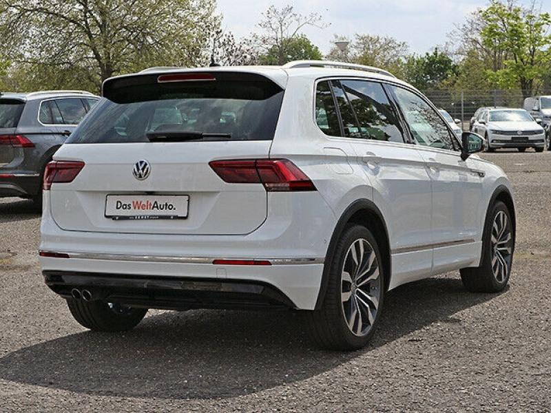 Volkswagen Tiguan 2.0 TDI 150CH BLUEMOTION TECHNOLOGY CARAT EXCLUSIVE 4MOTION  Blanc occasion à Villenave-d'Ornon - photo n°2