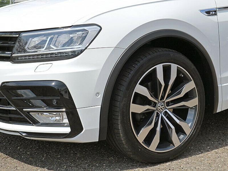 Volkswagen Tiguan 2.0 TDI 150CH BLUEMOTION TECHNOLOGY CARAT EXCLUSIVE 4MOTION  Blanc occasion à Villenave-d'Ornon - photo n°3