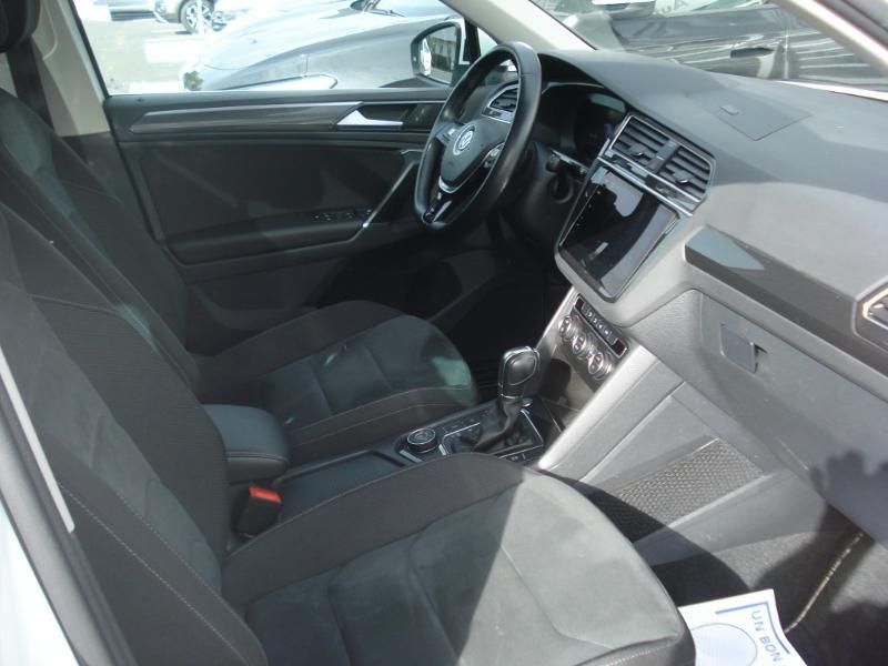 Volkswagen Tiguan 2.0 TDI 150ch Carat 4Motion DSG7 Blanc occasion à Aurillac - photo n°17