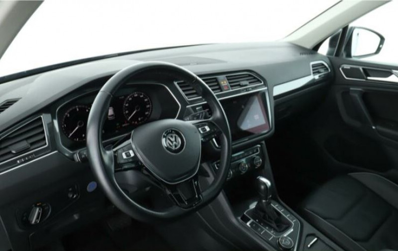 Volkswagen Tiguan 2.0 TDI 150CH CARAT 4MOTION DSG7 Noir occasion à Villenave-d'Ornon - photo n°8