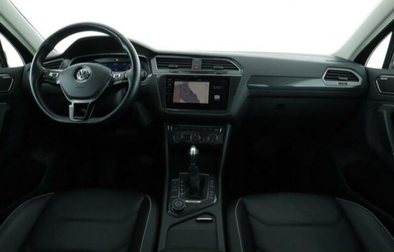 Volkswagen Tiguan 2.0 TDI 150CH CARAT 4MOTION DSG7 Noir occasion à Villenave-d'Ornon - photo n°9