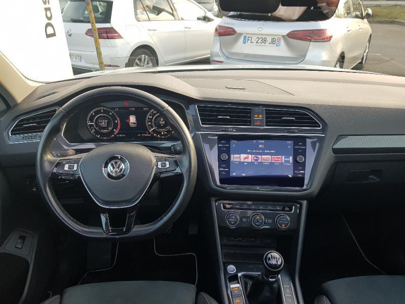Volkswagen Tiguan 2.0 TDI 150ch Carat 4Motion Blanc occasion à Onet-le-Château - photo n°3