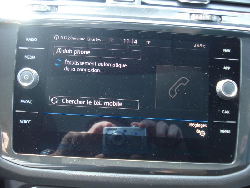 Volkswagen Tiguan 2.0 TDI 150ch Carat DSG7 Gris occasion à Aurillac - photo n°5