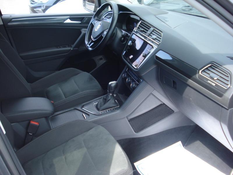 Volkswagen Tiguan 2.0 TDI 150ch Carat DSG7 Gris occasion à Aurillac - photo n°17