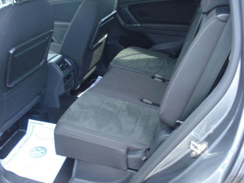 Volkswagen Tiguan 2.0 TDI 150ch Carat DSG7 Gris occasion à Aurillac - photo n°19