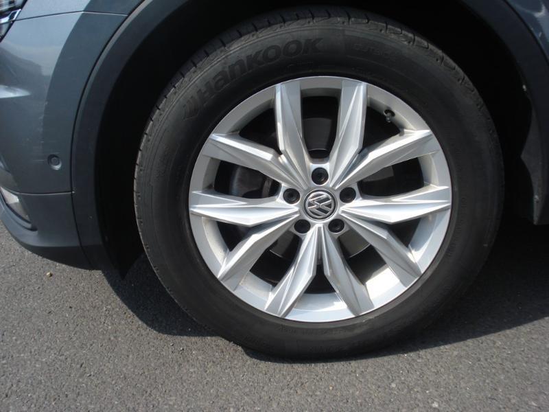 Volkswagen Tiguan 2.0 TDI 150ch Carat DSG7 Gris occasion à Aurillac - photo n°20
