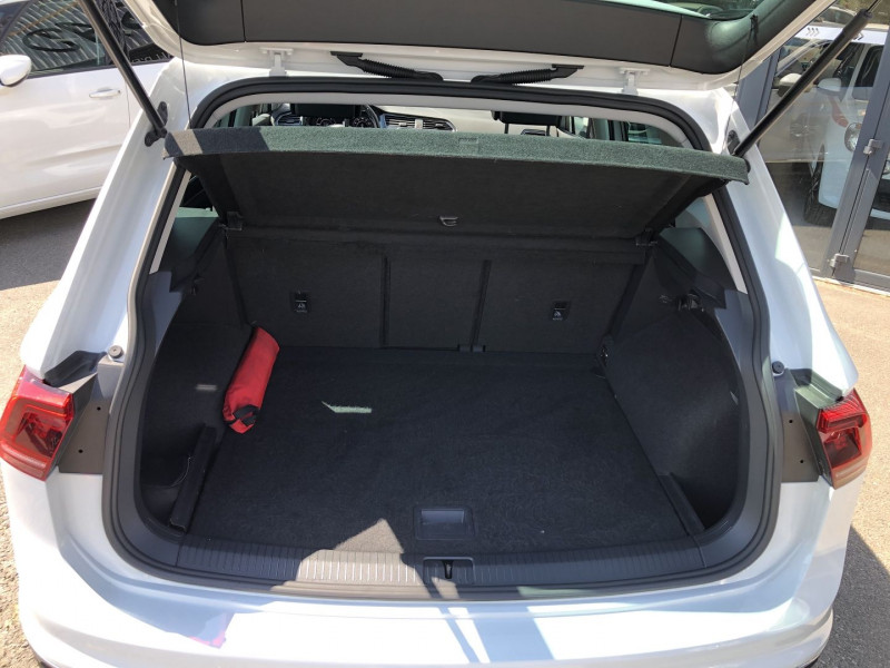 Volkswagen Tiguan 2.0 TDI 150CH CARAT DSG7 Blanc occasion à TOULOUSE - photo n°9