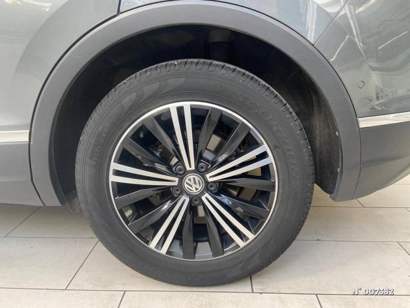 Volkswagen Tiguan 2.0 TDI 150ch Carat DSG7  occasion à Saint-Maur-des-Fossés - photo n°9