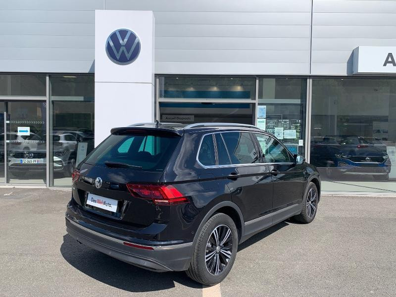 Volkswagen Tiguan 2.0 TDI 150ch Carat Exclusive DSG7 Euro6d-T Noir occasion à Figeac - photo n°3