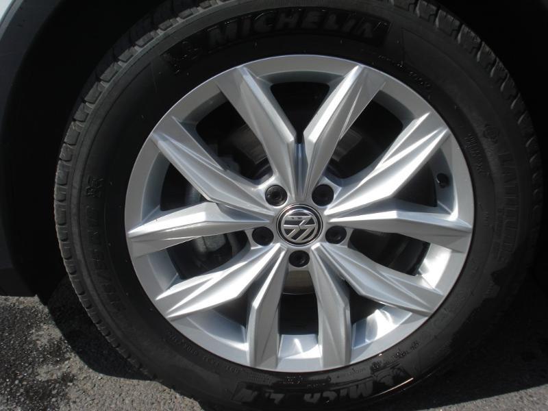 Volkswagen Tiguan 2.0 TDI 150ch Confortline Business 4Motion DSG7 Euro6d-T Blanc occasion à Aurillac - photo n°20