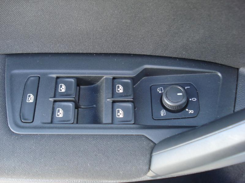 Volkswagen Tiguan 2.0 TDI 150ch Confortline Business 4Motion DSG7 Euro6d-T Blanc occasion à Aurillac - photo n°11