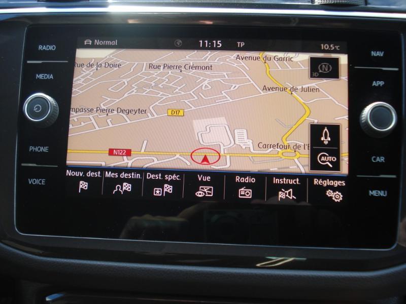 Volkswagen Tiguan 2.0 TDI 150ch Confortline Business 4Motion DSG7 Euro6d-T Blanc occasion à Aurillac - photo n°6