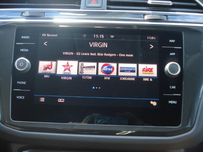 Volkswagen Tiguan 2.0 TDI 150ch Confortline Business 4Motion DSG7 Euro6d-T Blanc occasion à Aurillac - photo n°4
