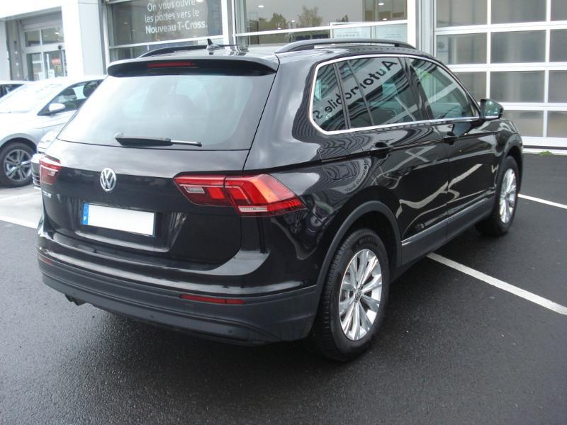 Volkswagen Tiguan 2.0 TDI 150ch Confortline Business Euro6d-T Noir occasion à Aurillac - photo n°19