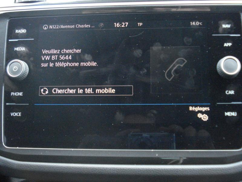Volkswagen Tiguan 2.0 TDI 150ch Confortline Business Euro6d-T Noir occasion à Aurillac - photo n°6