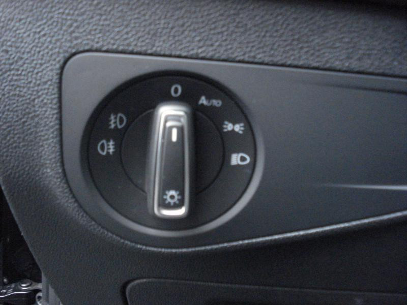 Volkswagen Tiguan 2.0 TDI 150ch Confortline Business Euro6d-T Noir occasion à Aurillac - photo n°10