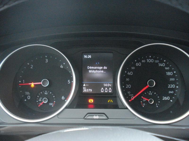 Volkswagen Tiguan 2.0 TDI 150ch Confortline Business Euro6d-T Noir occasion à Aurillac - photo n°8