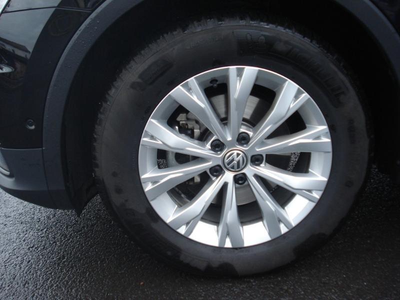 Volkswagen Tiguan 2.0 TDI 150ch Confortline Business Euro6d-T Noir occasion à Aurillac - photo n°18