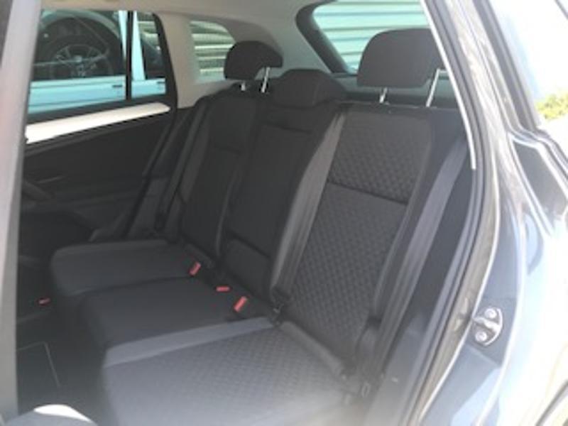 Volkswagen Tiguan 2.0 TDI 150ch Confortline Business Gris occasion à LESCAR - photo n°5