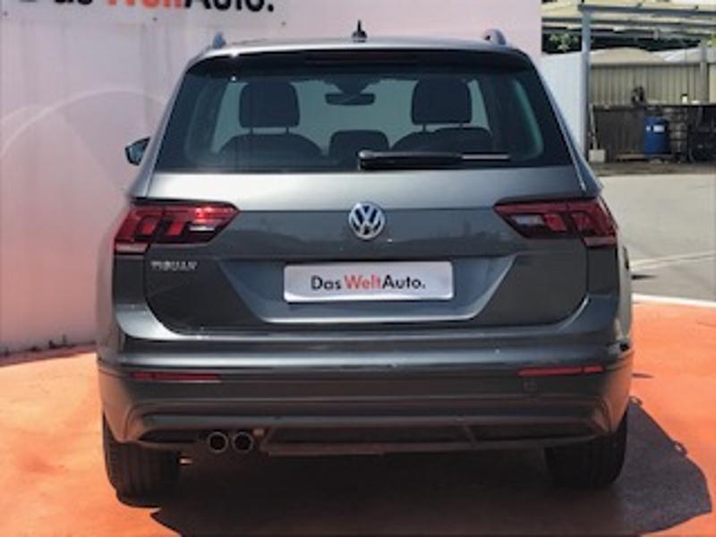 Volkswagen Tiguan 2.0 TDI 150ch Confortline Business Gris occasion à LESCAR - photo n°18