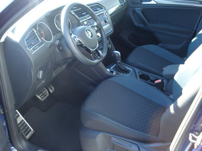 Volkswagen Tiguan 2.0 TDI 150ch IQ.Drive DSG7 Euro6d-T Bleu occasion à Aurillac - photo n°15