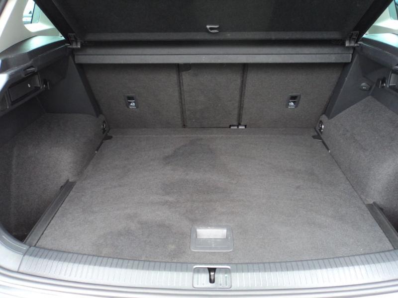 Volkswagen Tiguan 2.0 TDI 150ch IQ.Drive DSG7 Euro6d-T Gris occasion à TARBES  - photo n°10