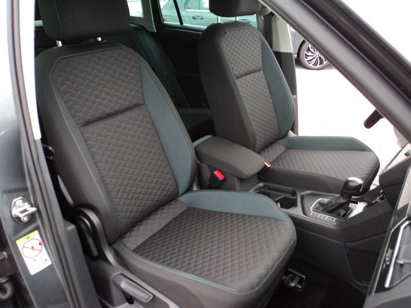 Volkswagen Tiguan 2.0 TDI 150ch IQ.Drive DSG7 Euro6d-T Gris occasion à TARBES  - photo n°13