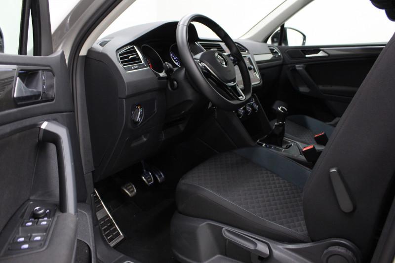 Volkswagen Tiguan 2.0 TDI 150CH IQ.DRIVE EURO6D-T + ATTELAGE + GARANTIE 5 ANS Gris occasion à Mérignac - photo n°5