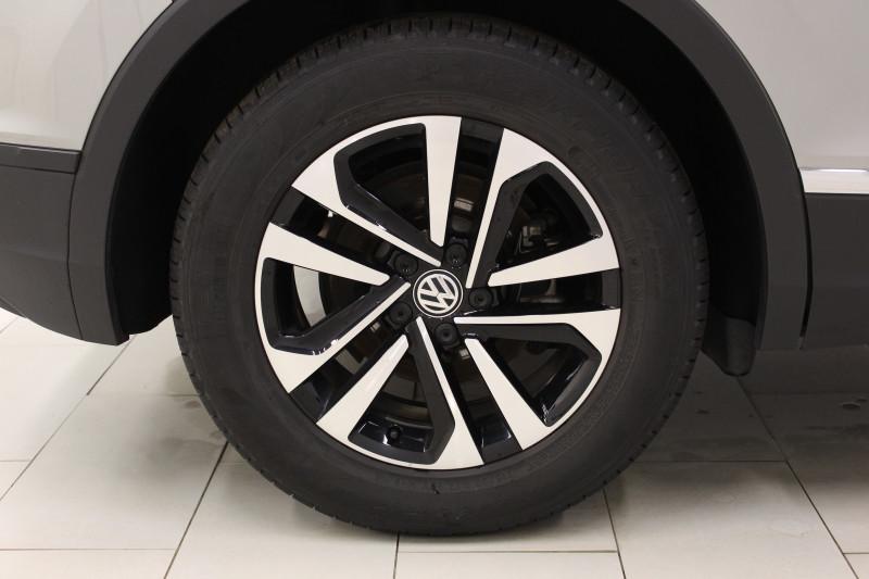 Volkswagen Tiguan 2.0 TDI 150CH IQ.DRIVE EURO6D-T + ATTELAGE + GARANTIE 5 ANS Gris occasion à Mérignac - photo n°3