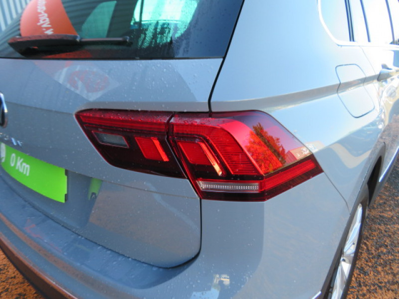 Volkswagen Tiguan 2.0 TDI 150CH LIFE DSG7 Gris occasion à Lormont - photo n°6