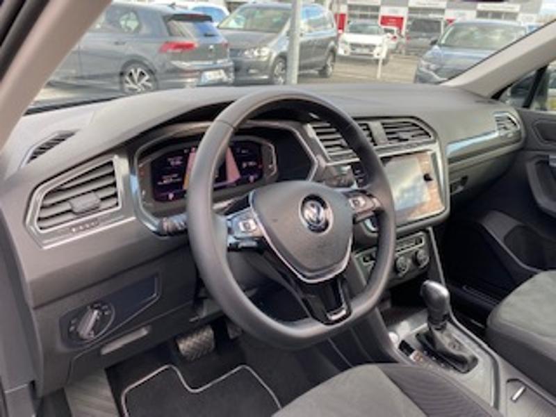 Volkswagen Tiguan 2.0 TDI 150ch Match DSG7 Euro6d-T Noir occasion à TARBES  - photo n°2