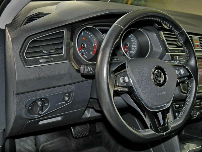 Volkswagen Tiguan 2.0 TDI 190CH BLUEMOTION TECHNOLOGY CARAT 4MOTION DSG7 Blanc occasion à Villenave-d'Ornon - photo n°5