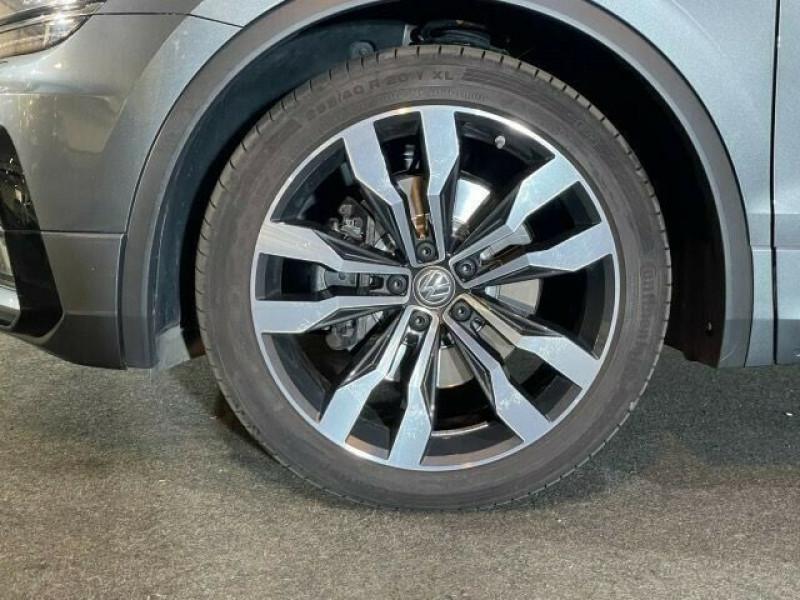Volkswagen Tiguan 2.0 TDI 190CH CARAT 4MOTION DSG7 Gris occasion à Villenave-d'Ornon - photo n°3