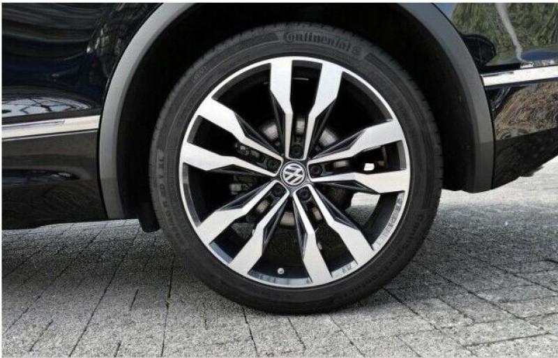 Volkswagen Tiguan 2.0 TDI 190CH CARAT 4MOTION DSG7 Noir occasion à Villenave-d'Ornon - photo n°4