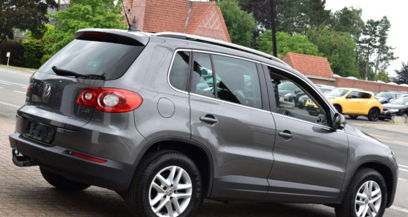 Volkswagen Tiguan 2.0TDi Gris occasion à Ingelmunster - photo n°5