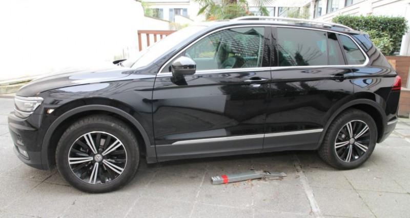 Volkswagen Tiguan carrat 150 motion iii Noir occasion à Neuilly Sur Seine - photo n°3