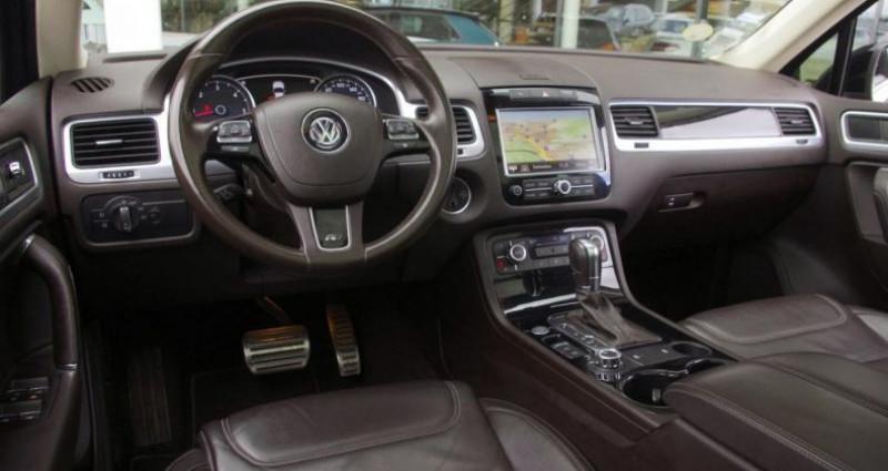 Volkswagen Touareg II 3.0 V6 TDI 204 R-EXCLUSIVE TIPTRONIC Noir occasion à Chambourcy - photo n°2
