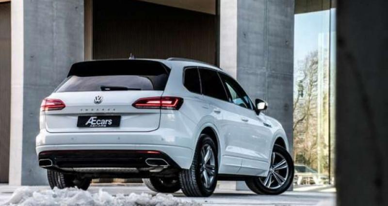 Volkswagen Touareg R-LINE - 3.0 V6 TDI - 4 MOTION - PDC - GPS Blanc occasion à IZEGEM - photo n°2