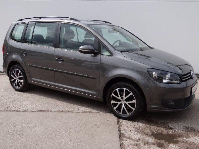 Volkswagen Touran 1.6 TDI 105 DSG Gris occasion à Beaupuy