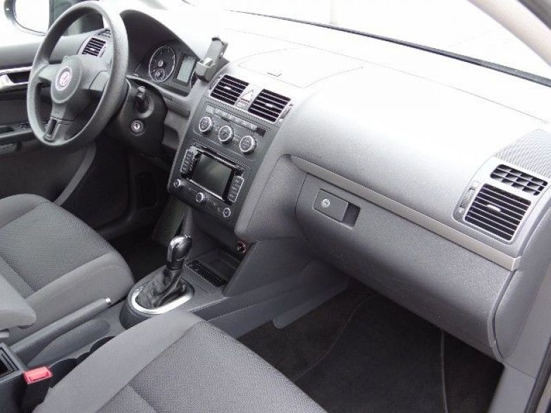 Volkswagen Touran 1.6 TDI 105 DSG Gris occasion à Beaupuy - photo n°6