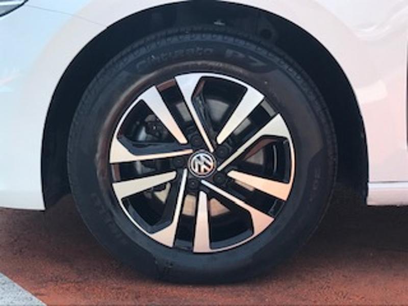 Volkswagen Touran 2.0 TDI 115ch FAP IQ.Drive DSG7 7 places Euro6d-T Blanc occasion à LESCAR - photo n°4