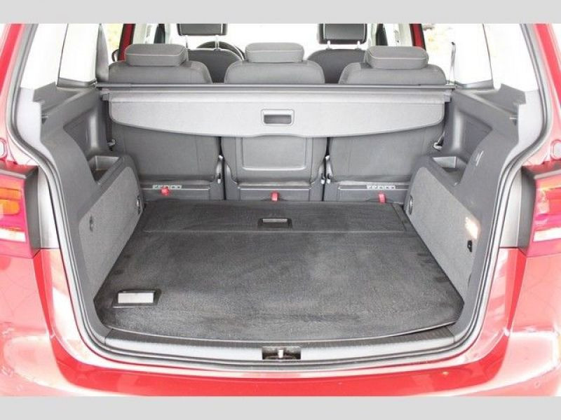 Volkswagen Touran 2.0 TDI 140 Rouge occasion à Beaupuy - photo n°9