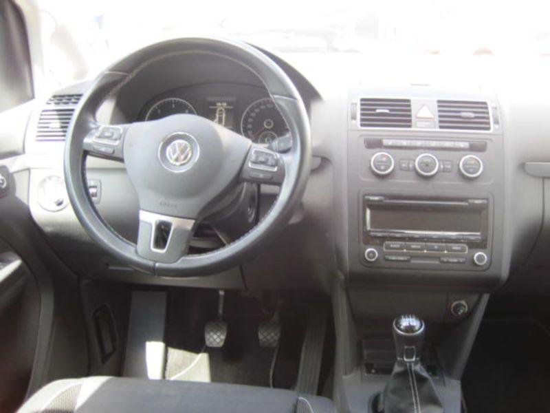 Volkswagen Touran 2.0 TDI 140 Marron occasion à Beaupuy - photo n°2