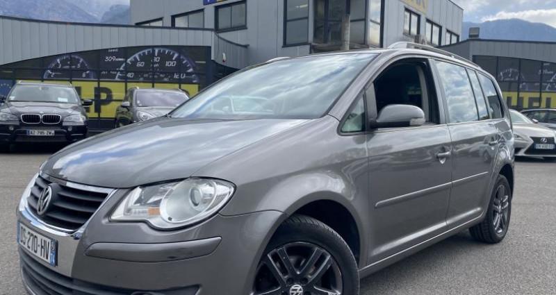 Volkswagen Touran 2.0 TDI 140CH CONFORT 7 PLACES Gris occasion à VOREPPE